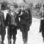 Партизани и усташе, вероватно у Источној Босни 1942.