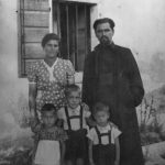 Momčilo Djujić with family