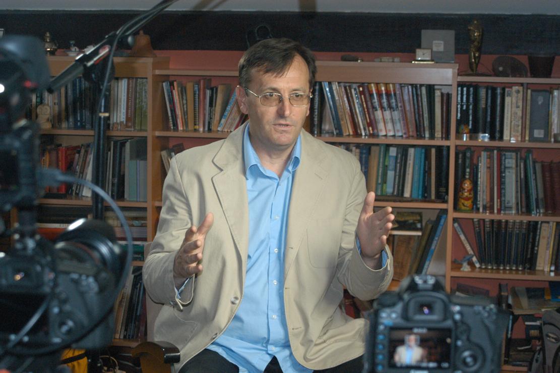 Београд, Студио ''Синемон'', 31. јула 2013. Интервју за документарни филм о Дражи.