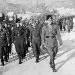 На челу колоне поручник Милан Цвјетићанин, командант Босанског корпуса ''Гаврило Принцип'', новембра 1942.
