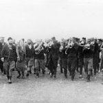 У колу, са драгачевским трубачима, лета 1943. године.