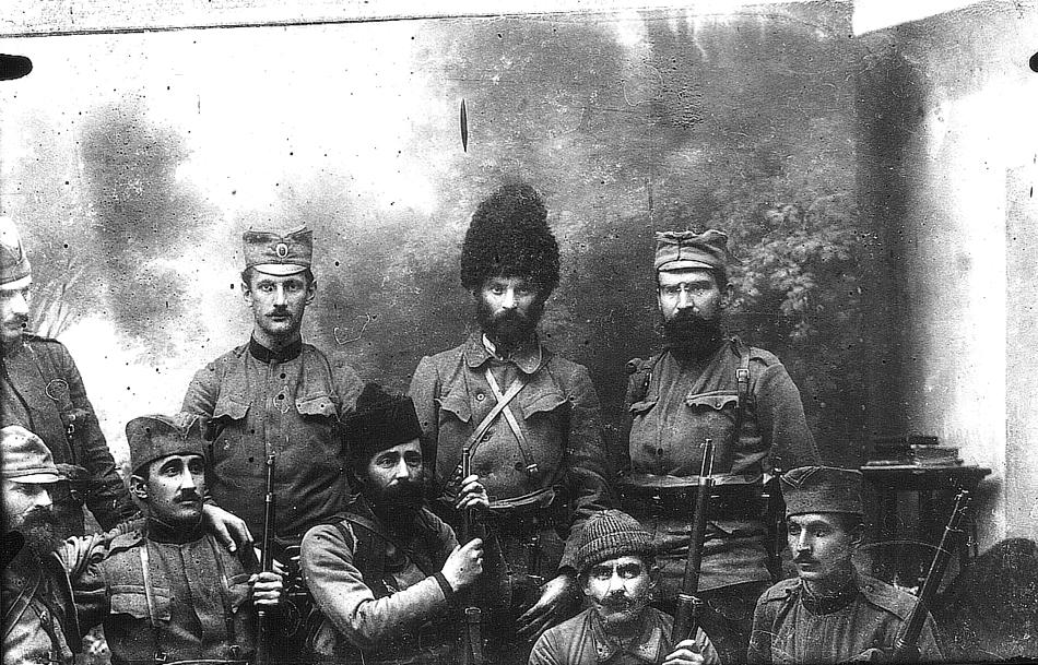 Војвода Воја Танкосић са својим четницима
