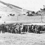 Сахрана војводе Мирка Марића на гробљу зрмањског кланца Беговац, поред цркве Свете Тројице, 28. септембра 1942. године. Војвода Марић је погинуо несрећним случајем, неопрезно рукујући својим аутоматом