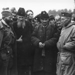 General Mihailovic and Colonel McDowell with Bosnian Chetniks. Oktobar 1944.