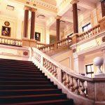 Унутрашњост зграде суда