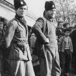 Гојко Ћалић и Новак Михић, припадници Медачког одреда, на снимку из 1943. године