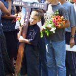 Крст у рукама млађег брата Панта Дакић