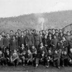 Логор Еболи у Италији, 1946. Ђаци, деца четника, са својим старешинама