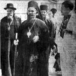 Владика Николај са Никоном Лазаревићем, обновитељем Љубостиње