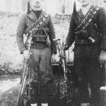 Васо Маријан и Миле Диклић. Шкаре, 1943.