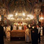 Мошти Светог Владике Николаја у цркви Светог Саве, 24. маја 2003. године
