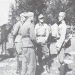 """Припадници """"Принц Еуген"""" дивизије са заробљеним Кесеровићевим наредником Душаном Андрићем на Гочу ујесен 1942. Овај четник је заробљен у првим подухватима ове новоформиране јединице. Андрић је стрељан."""