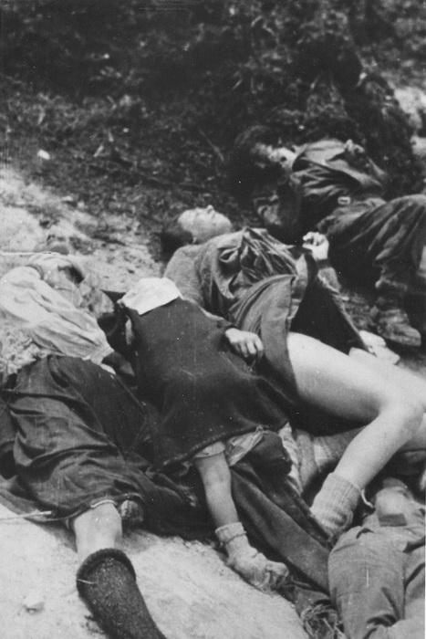 Део цивила које су Немци побили у Дрвару.