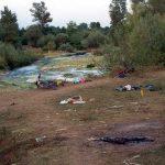 Дечија одећа и бицикли остао на обали реке након масакра