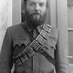 Професор књижевности Требињске гимназије Петар Д. Бубрешко (дипломирао на Сорбони), 1943. године, као командант Требињског среза. Емигрирао, живео у Америци, радио као професор француског. Објавио књигу ''Задушно слово''