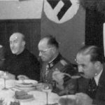 Хусеини на ручку са командантима дивизије