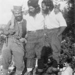 Капетан Миливоје Ковачевић, мајор Данило Салатић и капетан Миле Лазаревић у Тулима (Зупци) код куће Милоша Риђушића, августа 1943. године