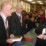 Калашњиков приликом посете Крагујевцу, прослава 150-годишњице војне фабрике