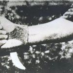 """""""Србосјек"""" - специјални нож за клање људи, фиксиран на рукавицу, по нацрту Макса Лубурића, произведен у немачкој фирми """"Solingen"""""""