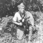 Петровић из Ивањице, Дражин рођак, у Дражиној пратећој јединици.
