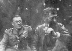 Le général Draza Mihailovic avec le colonel britannique Baily.