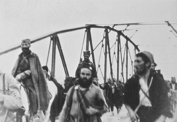 Прелазак моста на реци Спрачи