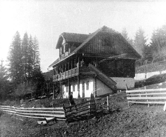 Зграда у којој су се налазили Врховна команда и Централни национални комитет