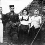 Нешковић и Планинчић са непознатим женама