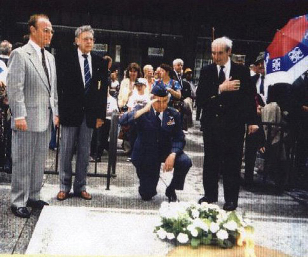Major Felman kneeling at the Eternal Flame Daley Plaza, Chicago, IL May 31, 1994 Photo by A. Rebic