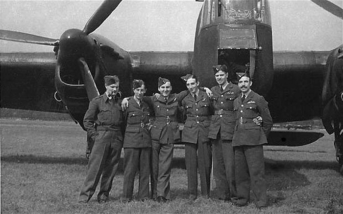 John Austin (second from right) with his Whitley crew