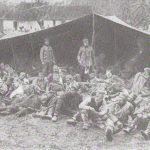 37.Српски војници и пољском превијалишту
