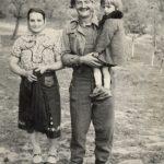 Четник Ражањске бригаде Срећко Врањеш, избеглица из Босне са ћерком и женом Гором