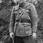 Капетан Владо Винчић, командант Мотајичке бригаде. Рођен је у с. Смртићу код Прњавора, погинуо је у борби против комуниста 1947. године