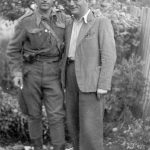 Лево је капетан Радомир Петровић Кент