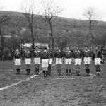 Фудбалски клуб ''Ваздухопловац''.  У логоруЕболи постојала су још четири фудбалска клуба:''Шумадија'', ''Триглав'', ''Тромеђа'' и ''Дрина''. Играли су и са екипом британског гарнизона, као и са локалним италијанским екипама. У логору су постојали и одбојкашки, атлетски и боксерски клуб