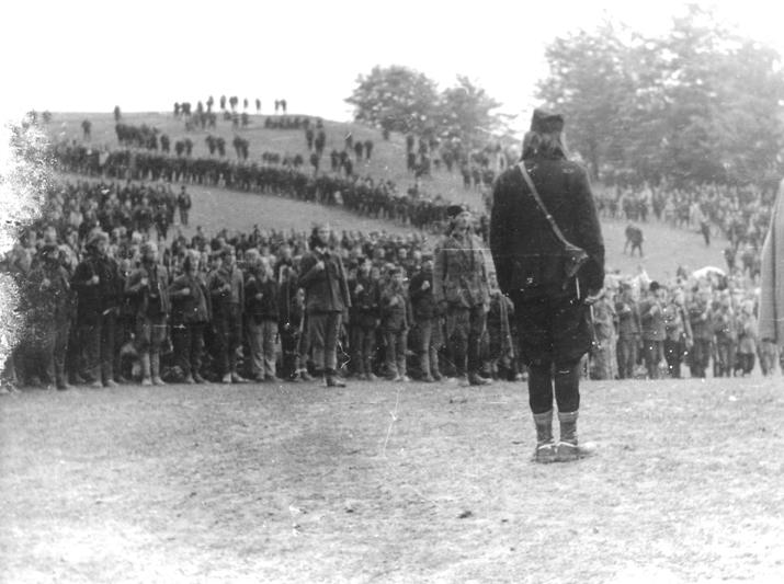 Капетан Никола Калабић испред 2. јуришног корпуса: Равна Гора, пролећа 1944. године