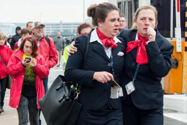 Uznemireni putnici na aerodromu u Briselu