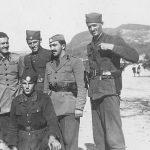 Поручник Жарко Вучинић (стоји други с десна), почетком 1945. године у Словенији